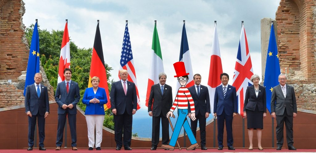 G7 summit portrait ruined by Rees-Mogg